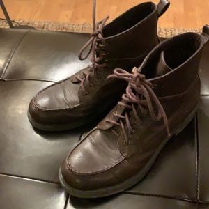 Men GUESS Size 11 Brown Faux Leather Lace Up Boot